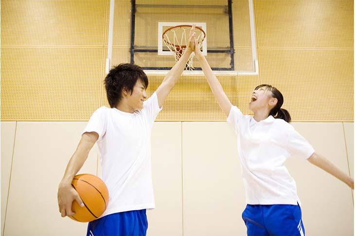 中学生 平均 身長 女子